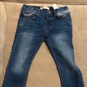 Zara baby boy 18/24 stretchy jeans